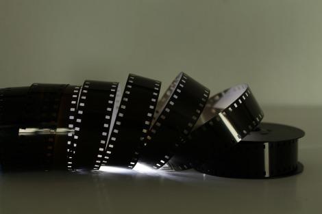film-102682_1920